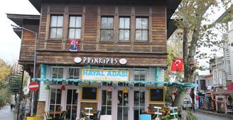 هوتل برينكيبوس - اسطنبول - مبنى