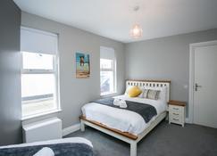 11 College Place North - Belfast - Bedroom
