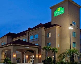 La Quinta Inn & Suites by Wyndham Hinesville - Fort Stewart - Hinesville - Gebäude