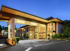 Best Western Plus Sonora Oaks Hotel & Conference Center - Sonora - Building