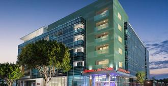 Hampton Inn & Suites Santa Monica - Santa Monica - Building