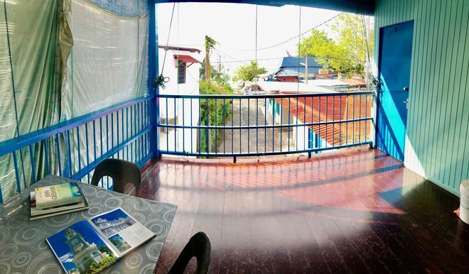 Baba Guest House - Batu Ferringhi - Balcony