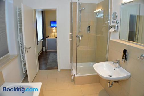 Hotel Jeta - Hamburg - Bathroom