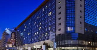 Radisson Blu Hotel Bucharest - Bucarest - Edificio
