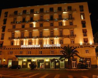 Starhotels Terminus - Neapel - Gebäude