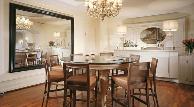 Starhotels Terminus - Naples - Dining room
