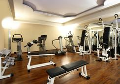 Starhotels Terminus - Naples - Gym