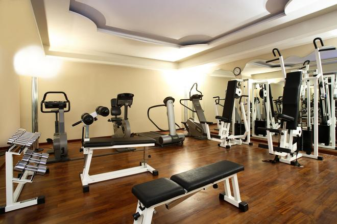 Starhotels Terminus - Naples - Gym