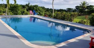 Great Escape Bed & Breakfast Inn - Vieques - Piscina