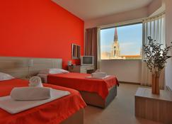 Hotel Putnik - Novi Sad - Habitación