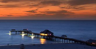 Pier House 60 Clearwater Beach Marina Hotel - Clearwater Beach - נוף חיצוני