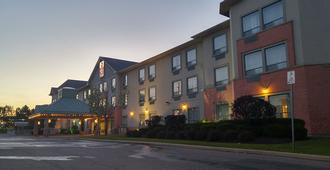Best Western Plus Travel Hotel Toronto Airport - Toronto - Edifici