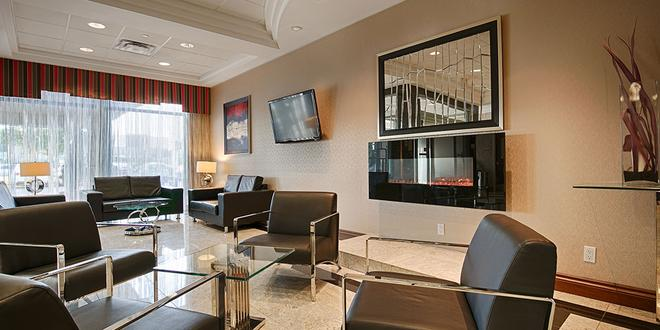 Best Western Plus Travel Hotel Toronto Airport - Toronto - Lounge