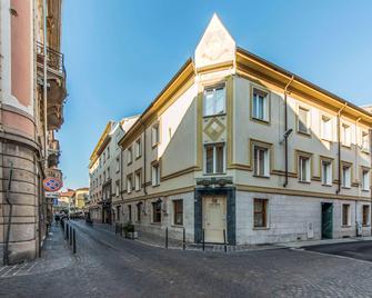 Alli Due Buoi Rossi - Alessandria - Building