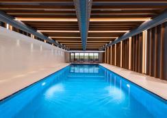 Hyatt House Gebze - Gebze - Pool