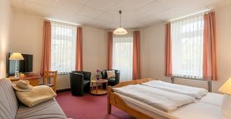 Hotel Burgk - דרזדן - חדר שינה