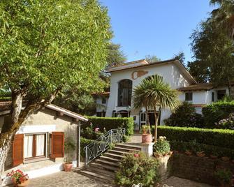 Hotel Villa Clementina - Bracciano - Gebouw
