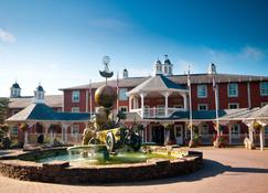 Alton Towers Hotel - Uttoxeter - Building
