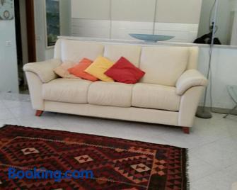 La Casa Sul Porto - Brindisi - Living room