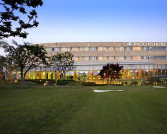 The Suites Hotel Gyeongju - Gyeongju - Building