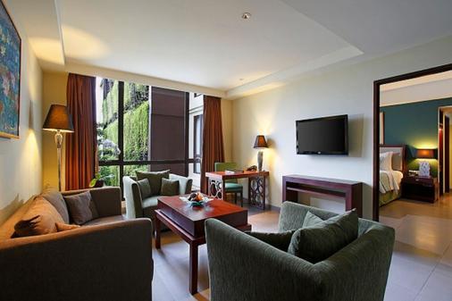 雨林瑞士貝爾酒店 - 庫塔 - 庫塔 - 客廳