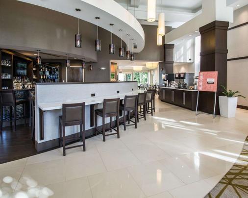 Comfort Suites Miami Airport North - Miami Springs - Bar