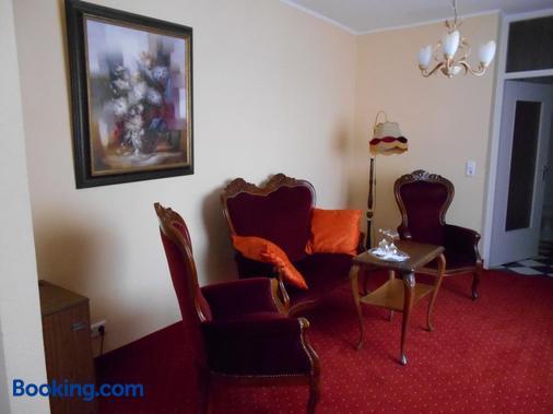 Hotel Posthof - Saint Wendel - Wohnzimmer