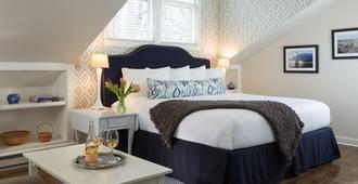Brass Lantern Inn - Nantucket - Bedroom
