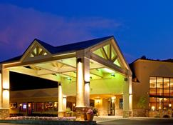Holiday Inn Lake George Turf - Lake George - Bygning