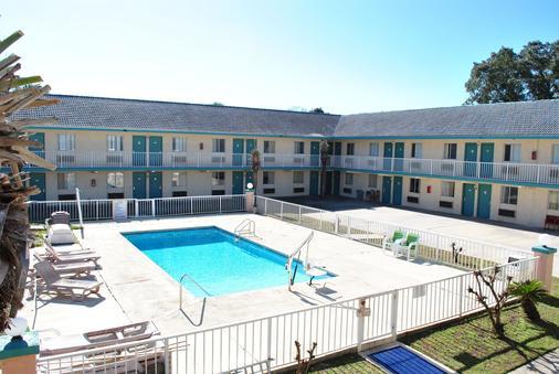 椰林汽車旅館 - 巴拿馬市海灘 - 巴拿馬城海灘 - 游泳池