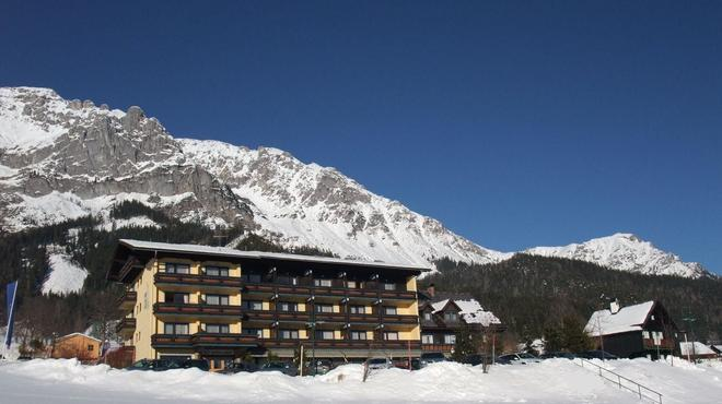 Ferienhotel Knollhof - Ramsau am Dachstein - Edificio