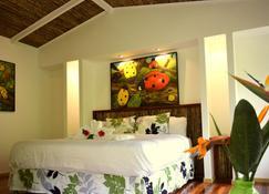 Hotel Quelitales - Cartago - Habitación