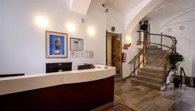 Hotel Emonec - Liubliana - Recepción