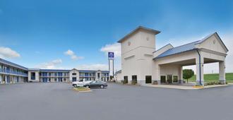 Americas Best Value Inn - Hillsboro - Building