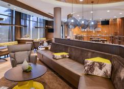 SpringHill Suites by Marriott Irvine John Wayne Airport/Orange County - Irvine - Σαλόνι