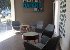 Hotel Dajana Boulevard - León - Lobby