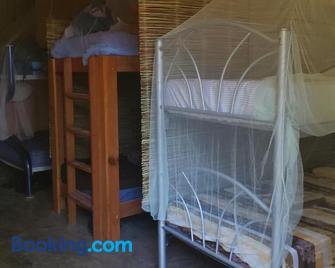Las G Bacalar Camping y Hostal - Bacalar - Bedroom