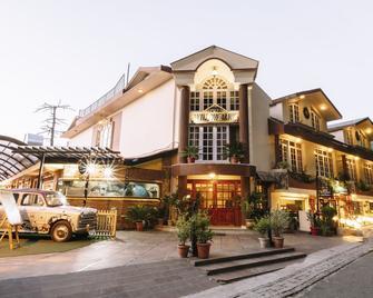 Hotel Willow Banks - Shimla - Toà nhà
