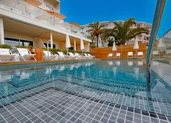 Hotel Nautico Ebeso - Ibiza - Piscina