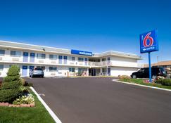 Motel 6 Pendleton - Pendleton - Building