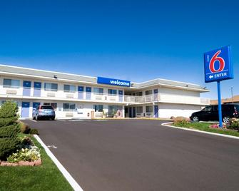 Motel 6 Pendleton - Pendleton - Building