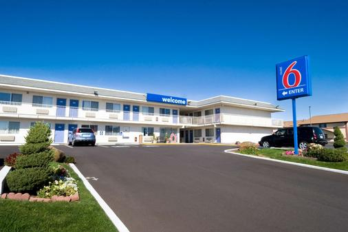 Motel 6 Pendleton - Pendleton - Rakennus