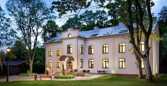 Modlin Palace - Nowy Dwór Mazowiecki