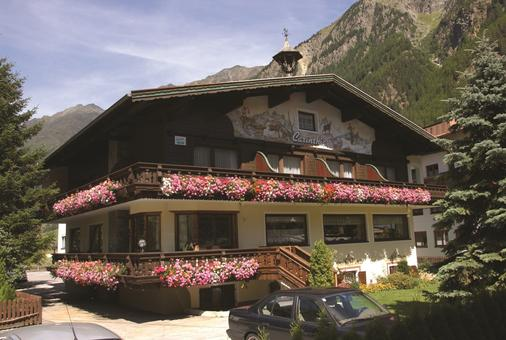 Sportpension Carinthia - Sölden - Building