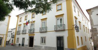 Evora Pousada De Juventude - Evora - Building