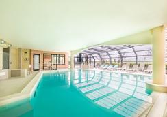 蒙塔培爾緹酒店西恩納 - 阿夏諾 - 錫耶納 - 游泳池