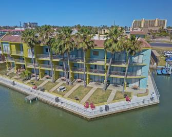 Windwater Hotel & Marina - South Padre Island - Building