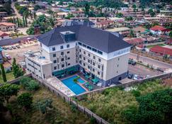 Adig Suites - Enugu - Extérieur