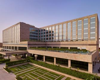 Hyatt Regency Chandigarh - Chandigarh - Building