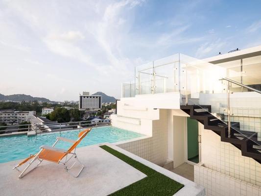 Modern Thai Suites Hotel - Phuket City - Pool